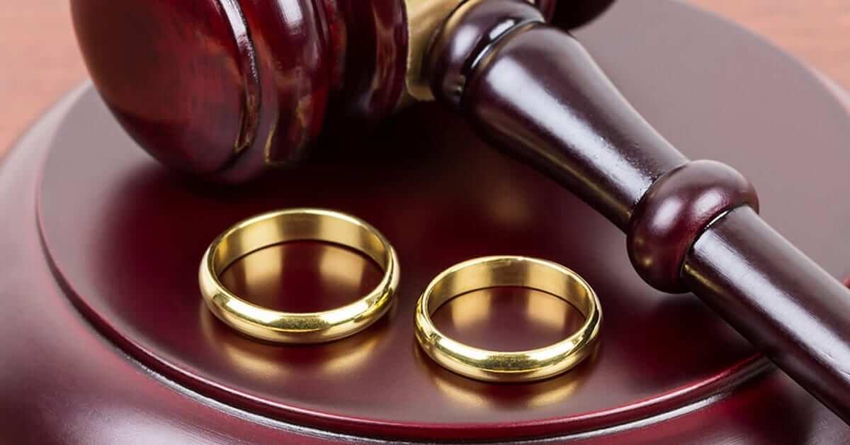 Photo of En İlginç Boşanma Nedenleri